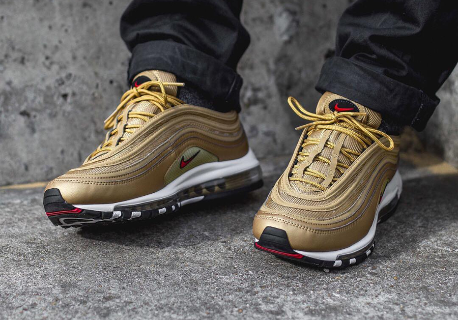 Nike Air Max 97 Chaussures De Running Pas Cher Prix Pour Homme Metallic Gold 884421_700